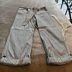 Pants - Jones NY Capri Pants